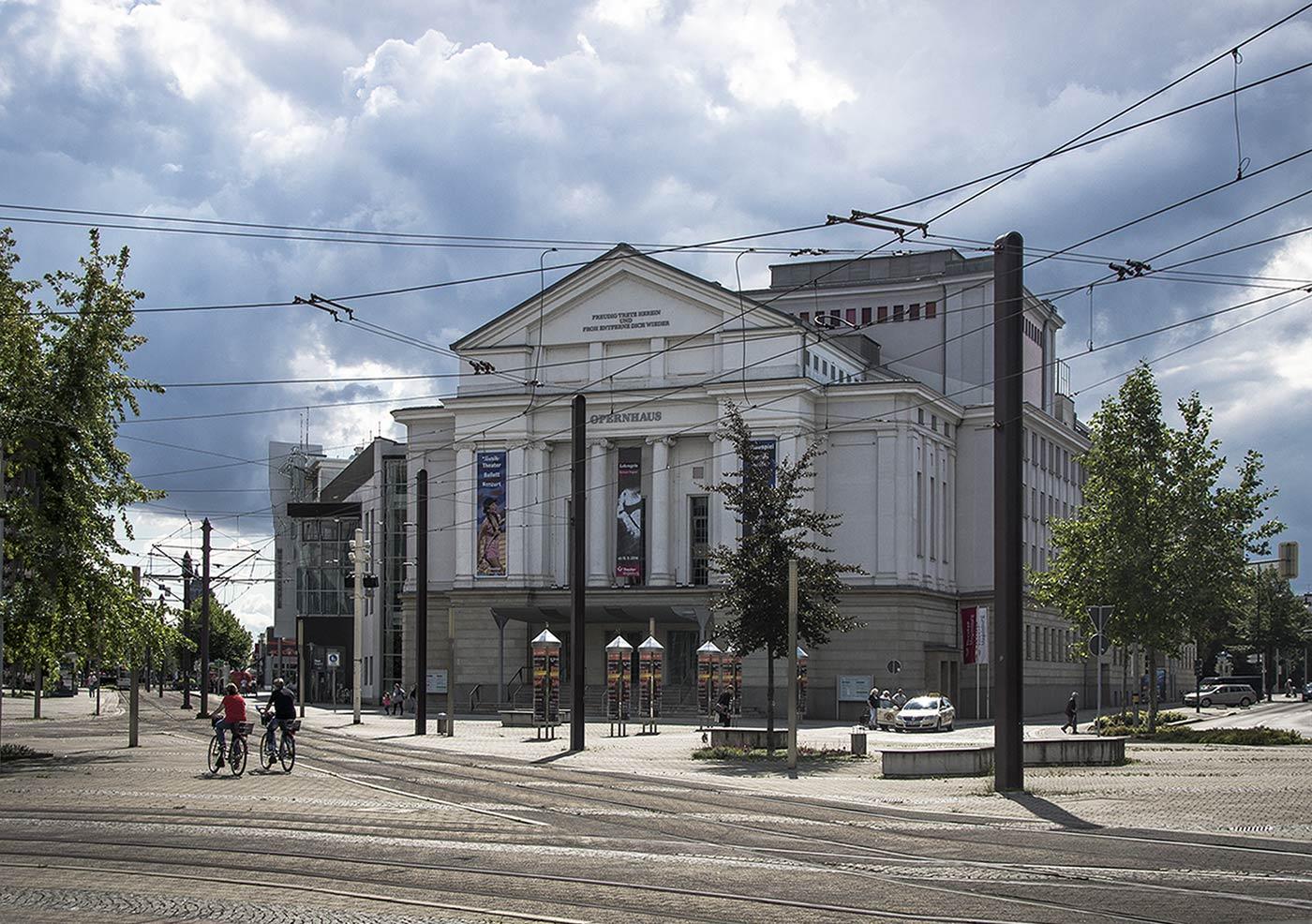 theater_magdeburg_neu