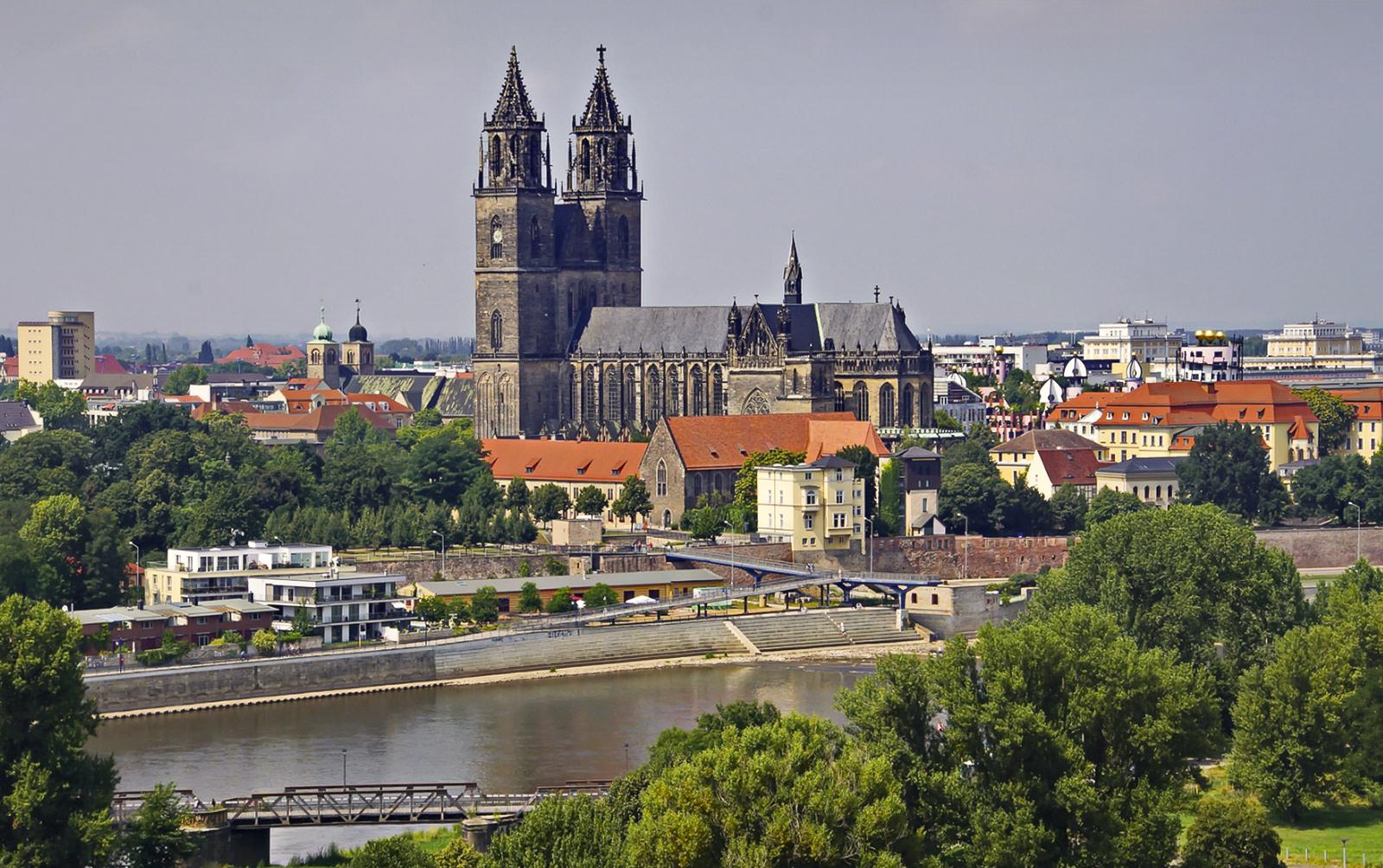 VomAussichtsturm_Zeitreisen_Magdeburg_Neu-2