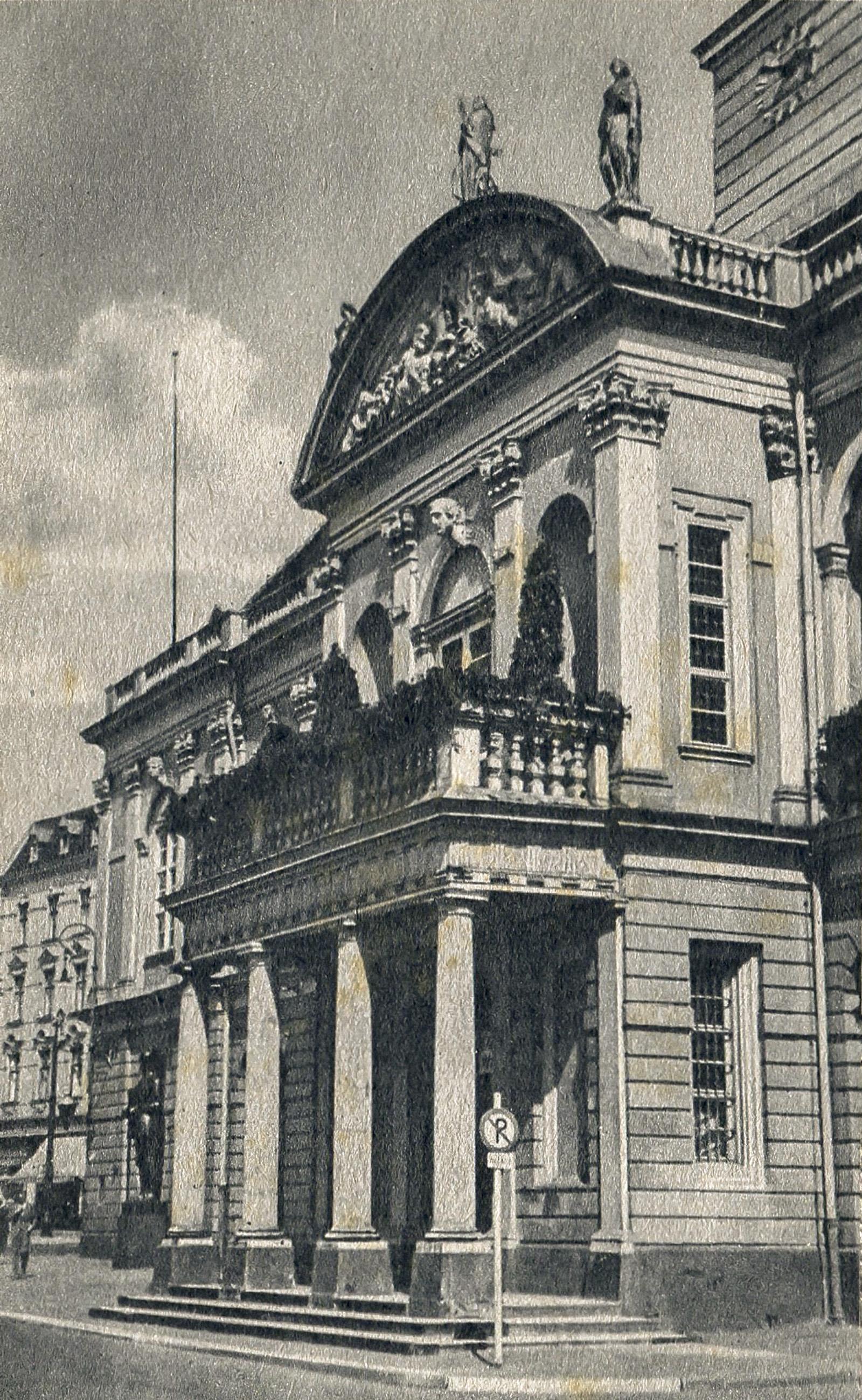 Rathaus_Zeitreisen_Magdeburg_Alt-2