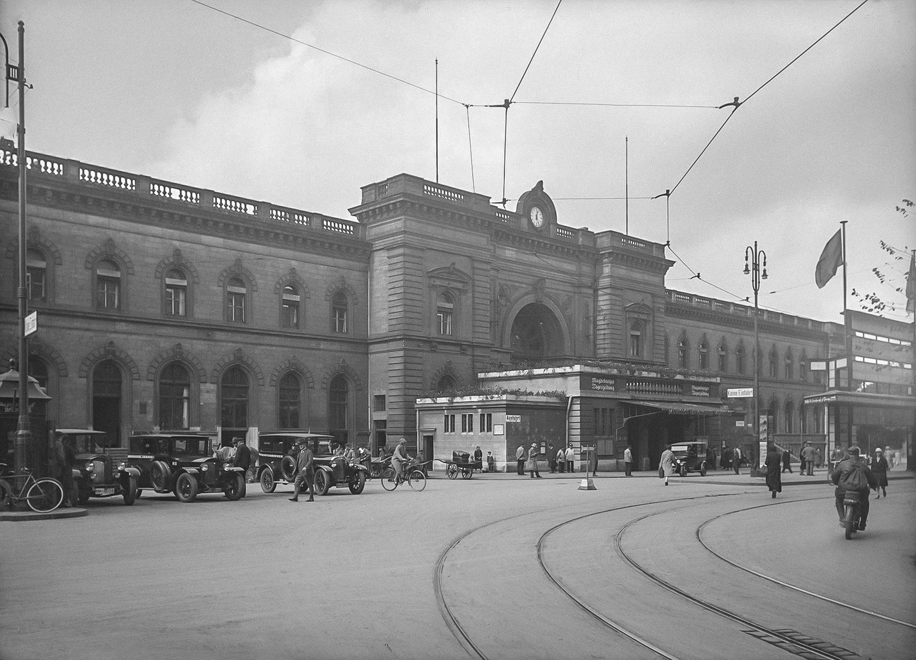 Centralbahnhof_Zeitreisen_Magdeburg_Alt-2
